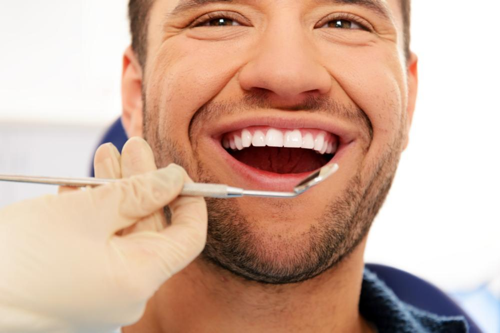 Extractions in Rockville, MD | Gladnick Family & Cosmetic Dentistry