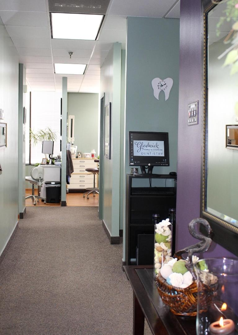 Hallway | Rockville, MD | Gladnick Family & Cosmetic Dentistry