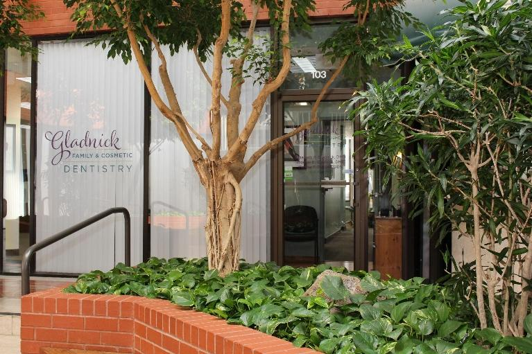 Office Exterior | Rockville, MD | Gladnick Family & Cosmetic Dentistry
